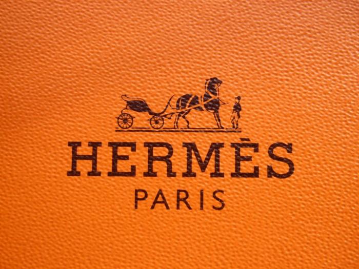 «Старые» бренды сохраняют свои логотипы. Ведь историчность для них важнее актуальности